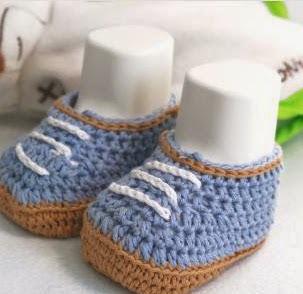 http://lanasyovillos.com/accesorios/zapatos_bebe_2