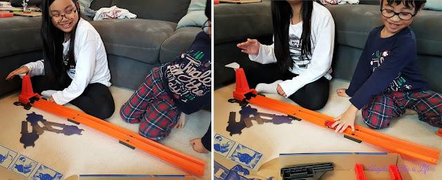 Mattel Hot Wheels Stunt Bridge set, buildable Hot Wheels racing track, racing car toy for Christmas