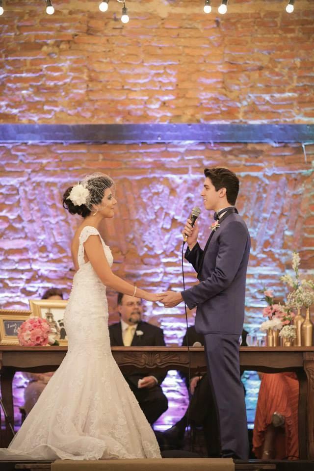 casamento-lindo-singelo-cerimonia-noivos