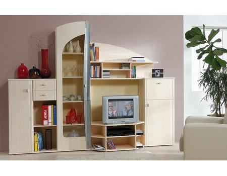 Много мебели стенки