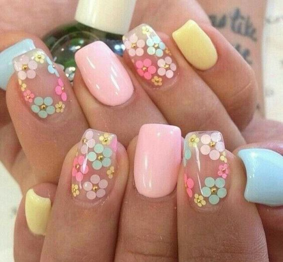 amazing floral nail art design