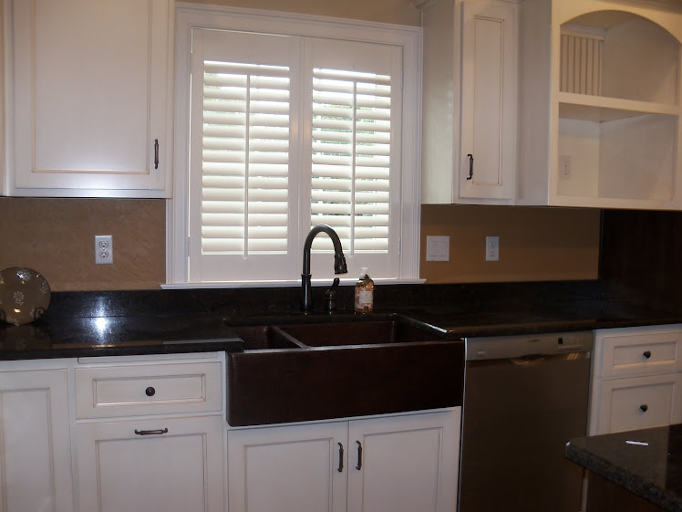 Kitchen Bay Window Over Sink Budget Blinds Window Treatments and Style Ideas ...
