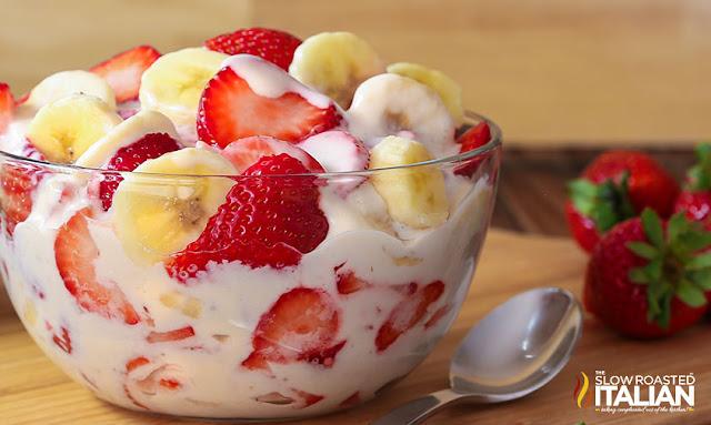 https://www.theslowroasteditalian.com/2016/06/strawberry-banana-cheesecake-salad-recipe.html
