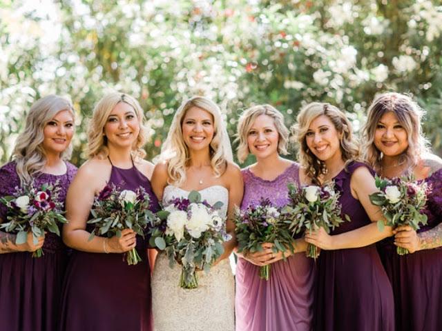 robes de demoiselle d'honneur violettes longues en différents styles
