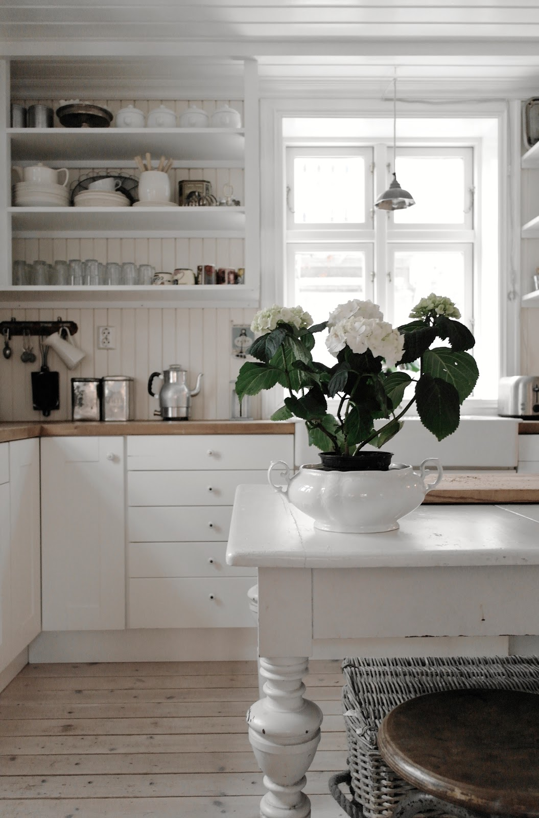 1000+ images about Kitchens: Open Shelving on Pinterest ...