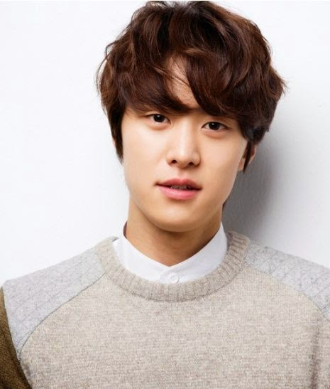 K-Pop group 5urprise Real Name Kim Dong Hyun Height Weight Blood Type Label Fantagio LOEN Entertainment Acting Debut Web drama After School Lucky or Not Splendid Politics Gong Myeong Ja Kyung guard worrior Lee Yeon Hee Taekwondo player Seo Kang Joon Hong Joo Won action school race track Princess Jeongmyeong commercial film actor Yoo Yeon Seok Toy music video If You Were Me 6  Futureless Things