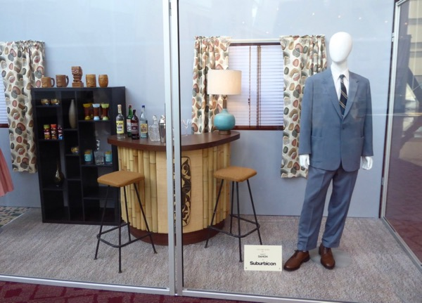 Suburbicon film costume and props