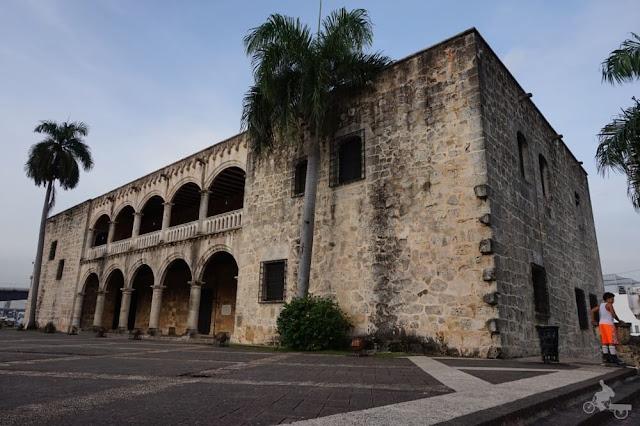 alcázar de Colón museo