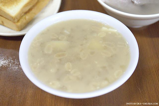 MG 1195 - 阿斗伯冷凍芋,許多台中人下午茶與宵夜的首選,烤吐司、熱豆花、番茄切片經典好吃