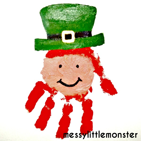 Handprint leprechaun. St Patricks day craft for toddlers and preschoolers.