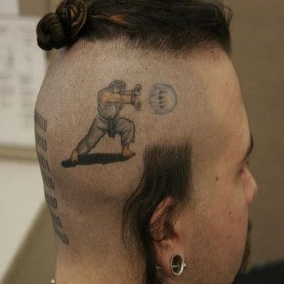 Tatuaje de Ken Street Fighter (Humor)