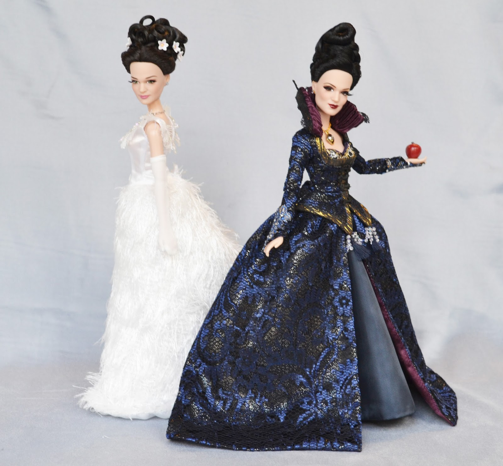 Once Upon A Time First Images Of D23 Doll Collection