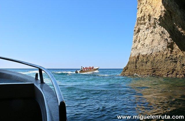 Cuevas-Benagil-3