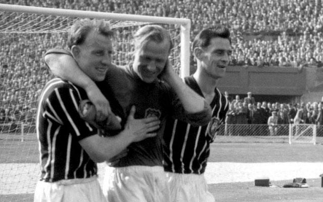 Bert Trautmann Pernah Bermain dengan Leher Patah