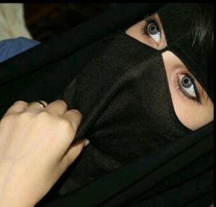 كويتية مطلقة ترغب بالزواج