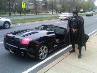 Insolito: Detienen a batman!