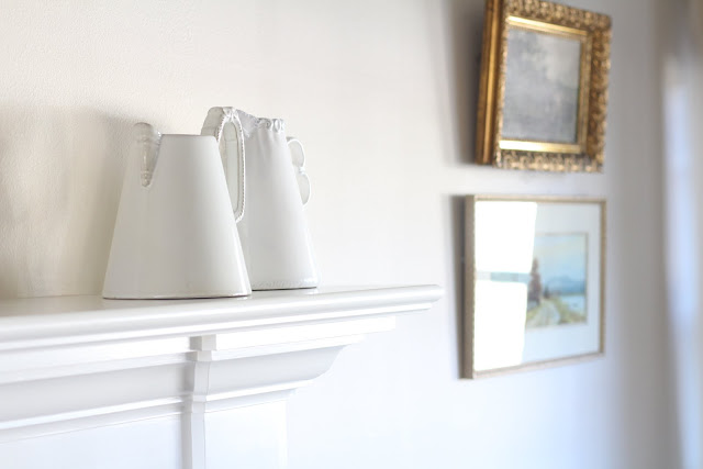 living-room-design-mantel-white-pitcher-winter