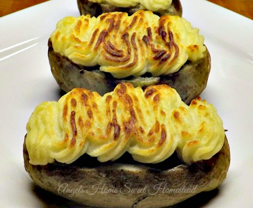 Home Sweet Homestead: Cottage Pie Stuffed Potatoes
