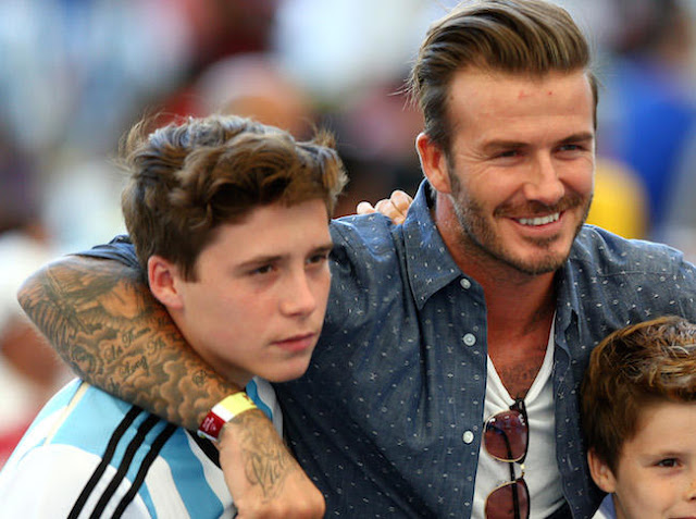 David Beckham'trollea' a su hijo Brooklyn en Instagram