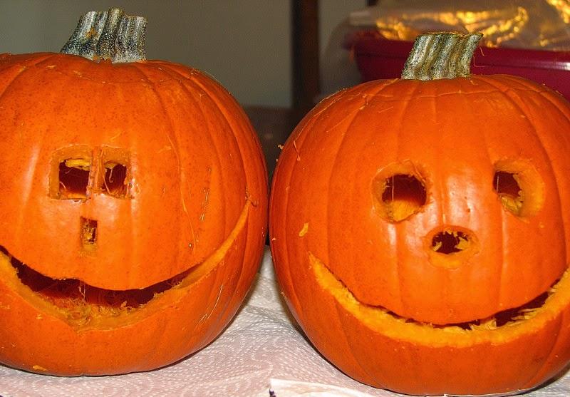 DIY Halloween and NO Sew Minion Costumes