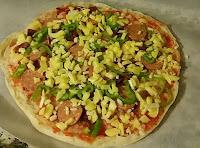 Bazlamadan Evde Sağlıklı Pizza Yapılışı