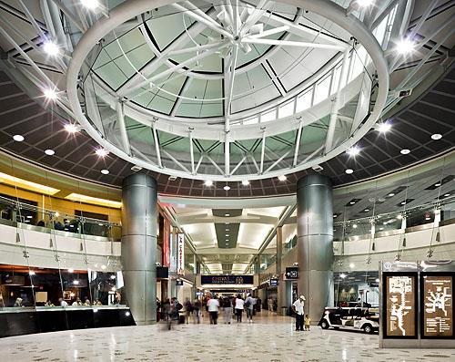 airlines: miami international airport