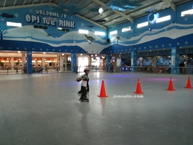 Opi Mall tempat bermain anak di Palembang