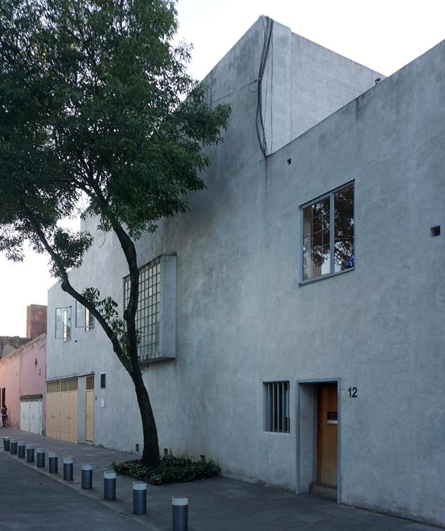 Luis Barragn  La Casa
