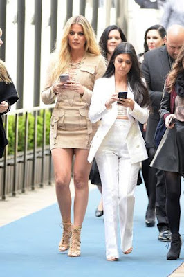 Kourtney and Khloe Kardashian 2