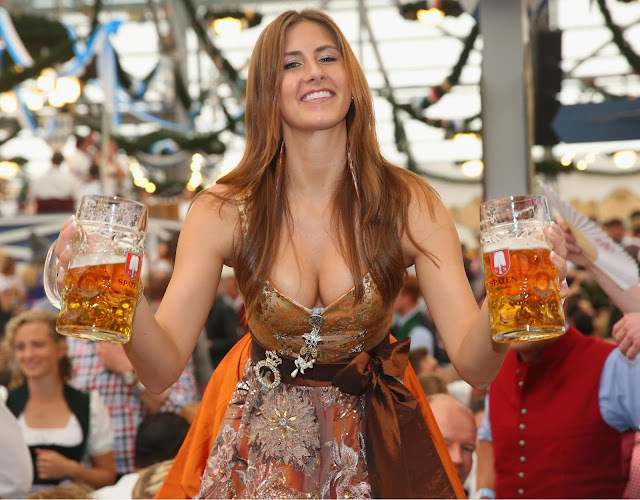 Oktoberfest wallpaper hot german girl costume outfit carrying beer