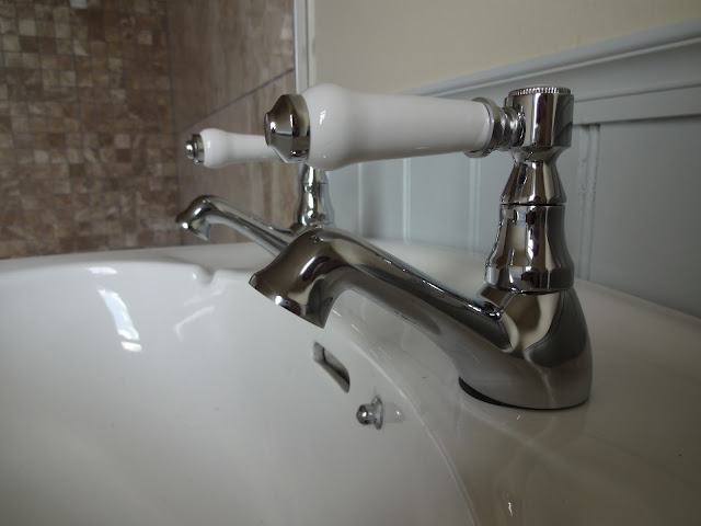 Antonio Basin Taps