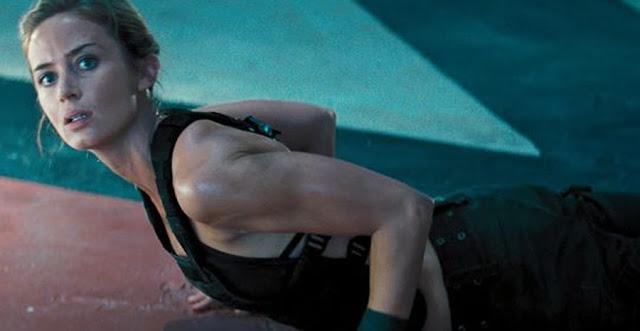 Emily Blunt în filmul sci-fi Edge Of Tomorrow