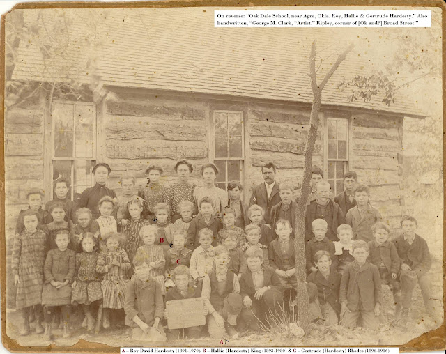 Image of Oak Dale School, near Agra, Okla.