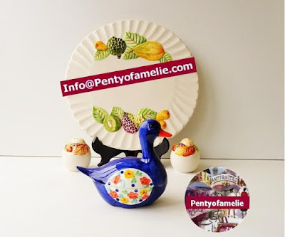 Vintage Portuguese pottery.1980s high blue with floral design. Majolica Duck faïence Tureen and cover