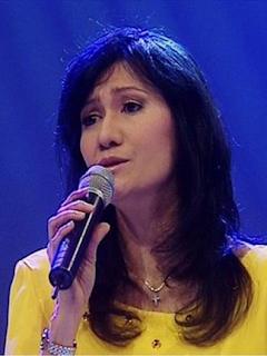 Kumpulan Lagu Terbaik Christine Panjaitan Mp3 Full Album ( Hari Akan Berganti ) Lengkap