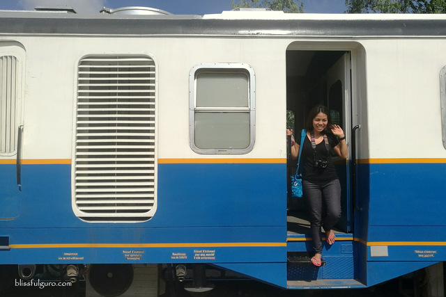 http://www.blissfulguro.com/2017/09/phnom-penh-to-sihanoukville-train-blog.html