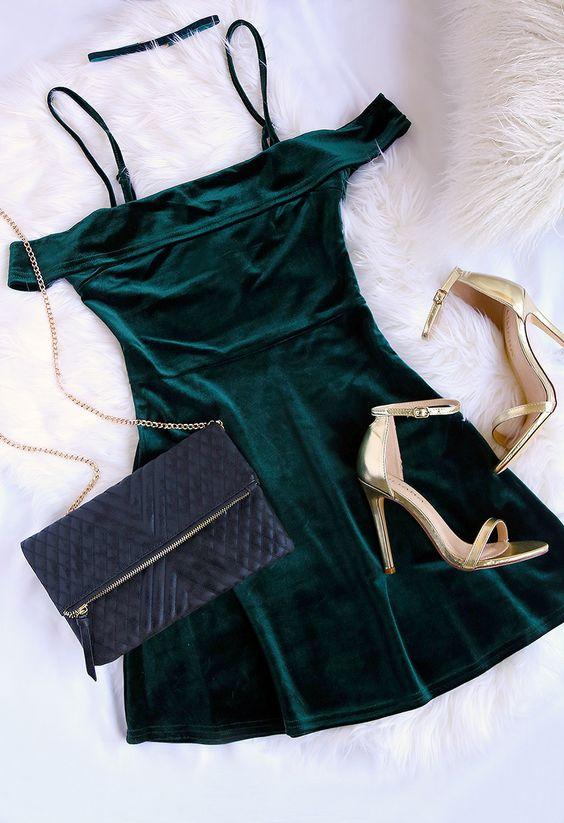 Romance Dark Green Velvet Outfit