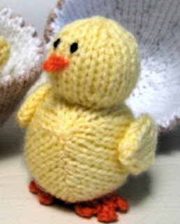 http://www.alandart.co.uk/wp-content/uploads/2012/04/chickandeggknitpattern.pdf