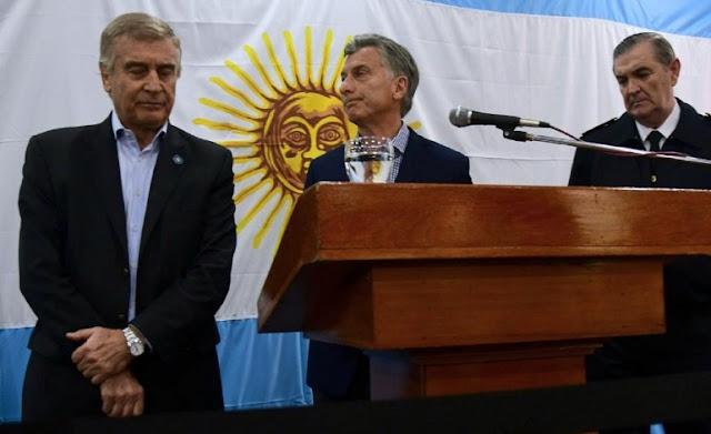 Aguad y Macri le habían pedido al Senado permiso para hundir un submarino como ejercicio militar