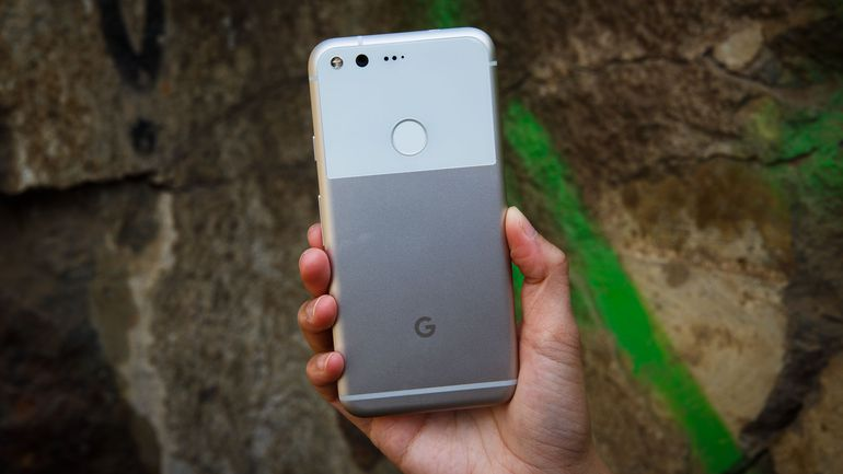 First look at the Google Pixel 2 and 2 XL
