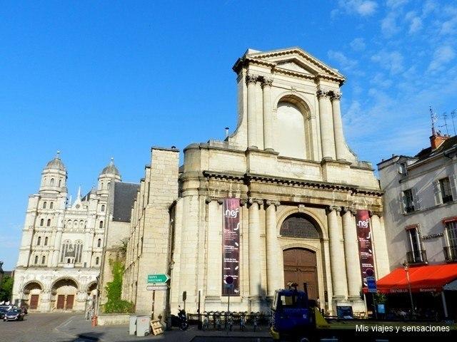 Iglesia de Saint Etienne, Dijon, Borgoña, Francia
