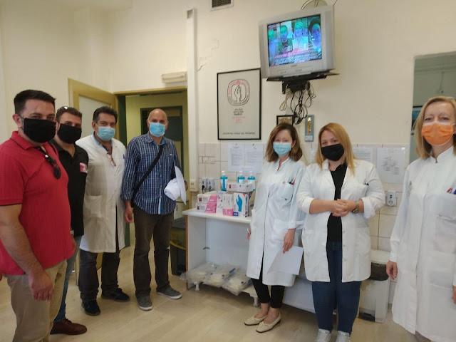 Γιάννενα: Υγειονομικό υλικό προσέφερε ο Σύλλογος Εθελοντών Αιμοδοτών Ανατολής Ιωαννίνων στο ΝΟΣΟΚΟΜΕΙΟ ΧΑΤΖΗΚΩΣΤΑ