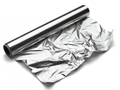 استعمال ورق الألمنيوم في تغليف الطعام خطر على الصحة