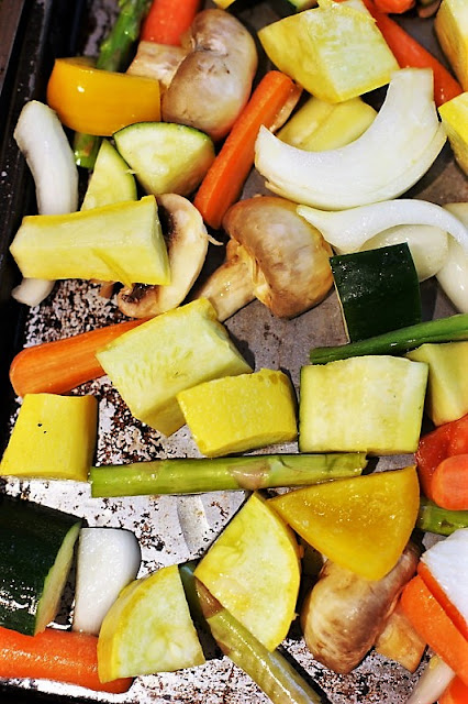 How to Arrange Vegetables on a Baking Sheet for Roasting Image