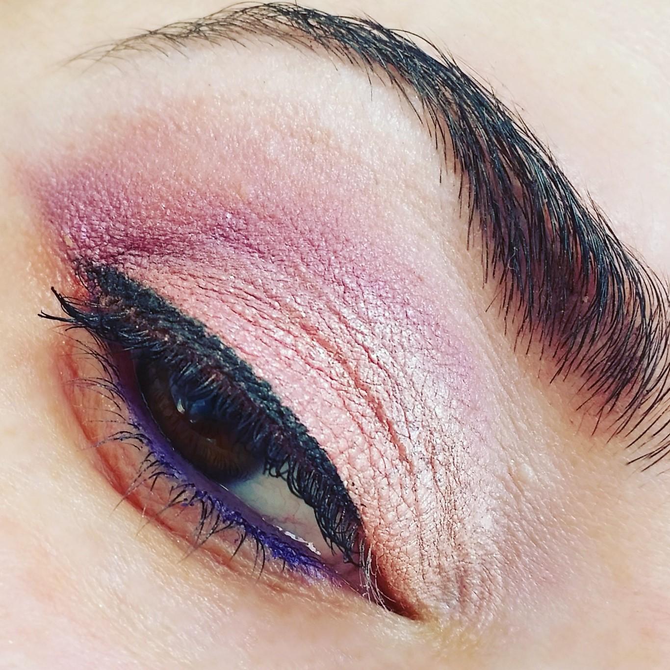 trucco-pesca-occhi-marroni