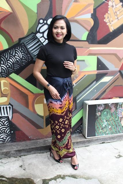 Sundari Soekotjo, Tetap Cantik dan Seksi di Usia 51 Tahun