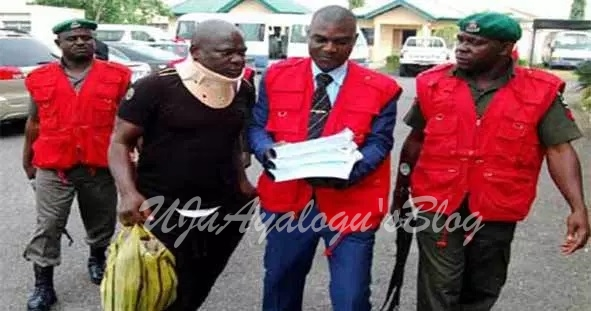 EFCC Seizes N1.1 Billion Gold At Abuja Airport, Goes After Four Suspects