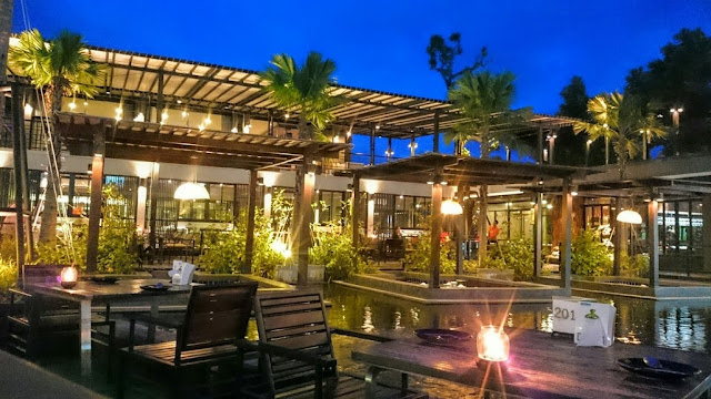Rom Mai Yai Restaurant in Phrae, North Thailand