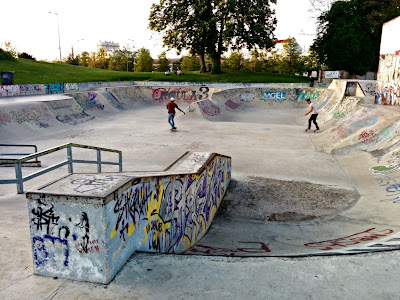 Skatepark bowl Troyes