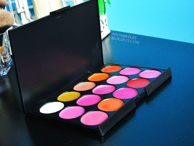 http://myombrelife.blogspot.com/2015/06/recenzja-professional-makeup-lipstick.html